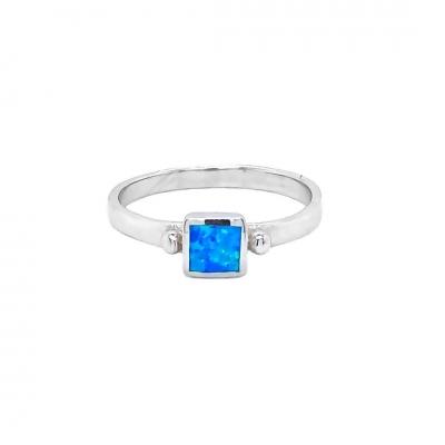 Pierścionek z niebieskim opalem OR 1337 Im
